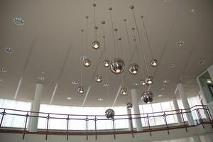 lichtinstallatie met bollen