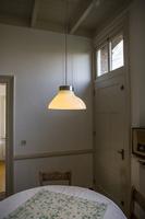 Hanglamp assymmetrisch glas keuken